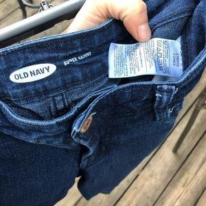 SOLD—-Old Navy super skinny jeans 2P